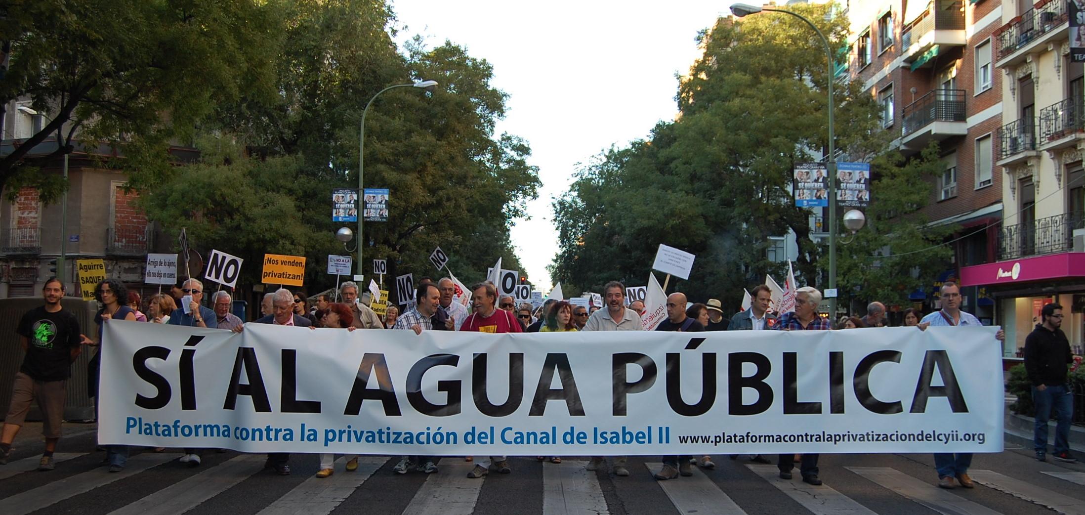 Miles de personas se manifiestan contra la privatizaci n del canal de isabel ii asociaci n - Oficinas canal isabel ii madrid ...